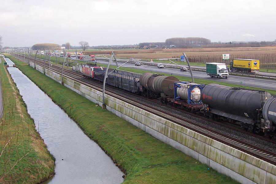 Betuwe Route (Niederlande), dem Güterverkehr gewidmete Bahnstrecke zwischen dem Hafen von Rotterdam und der Ruhr