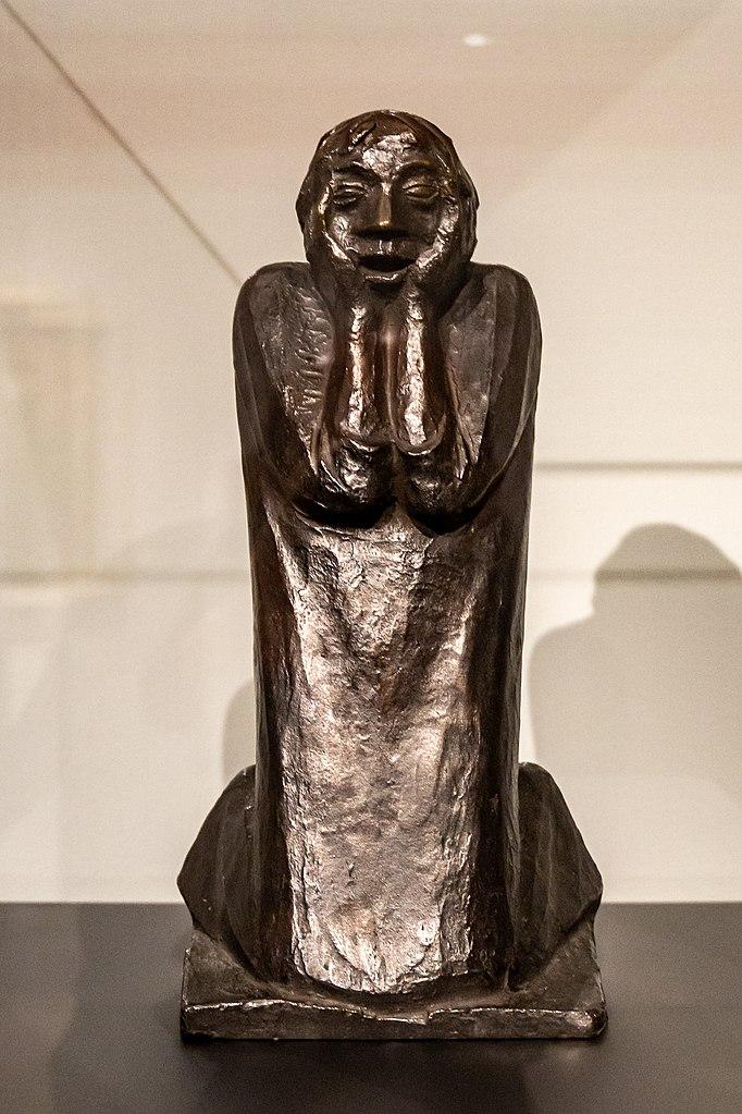 sculpture de 1923 d'Ernst Barlach Das Grauen, ici reproduction de 1980