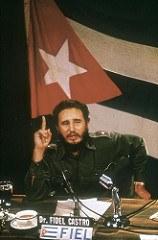 Andrew Saint-George. 1959. Fidel CASTRO at Palacio Municipal of Santa Clara before march toward Havana 4 Flickr,  Licence Creative Commons