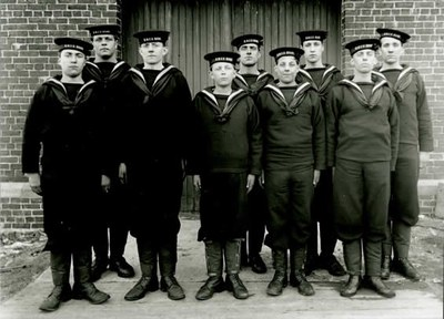 canadians sailors on their first day soure war museum canada