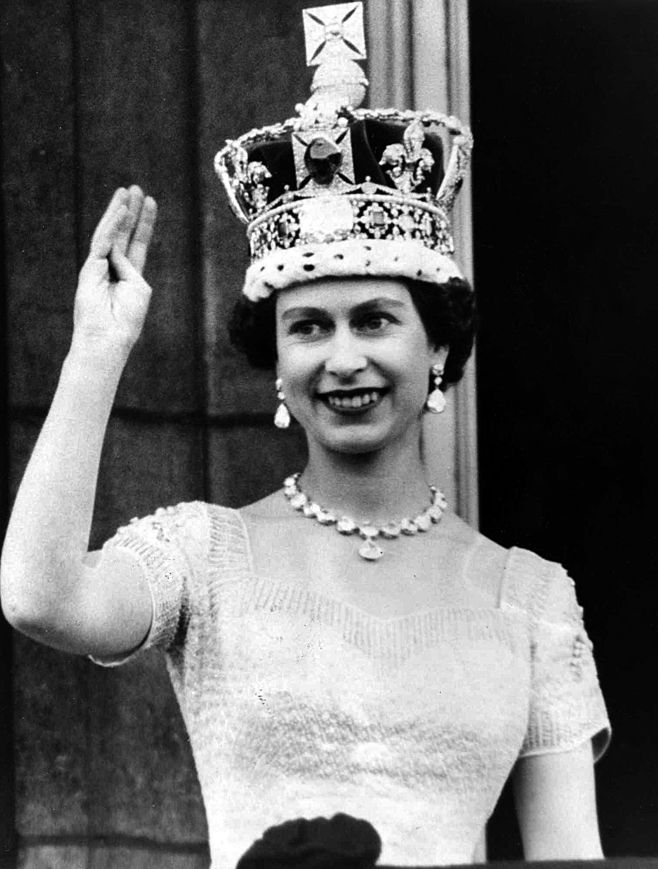 queen-elizabeth_1454407209739-jpg