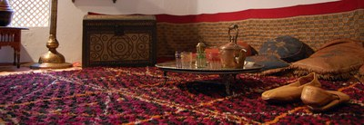 Interior-of-a-old-arabic-house copie.jpg