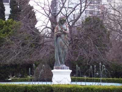 estatua1.jpg