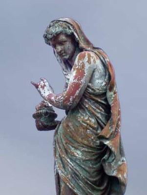 estatua2.jpg