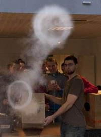 Fete-Science-ronds-fumée.jpg